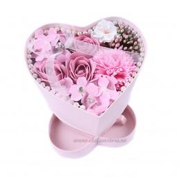 Cutie Inima roz cu flori de sapun si sertar
