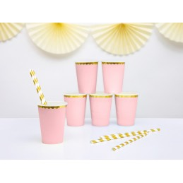 Set 8 pahare roz cu volanase aurii