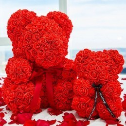 Ursulet din trandafiri rosii 25 cm